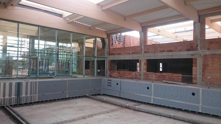 Budowa krytego basenu